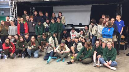 60 jongens en meisjes van Tongerse jeugdbewegingen spelen samen nachtspel