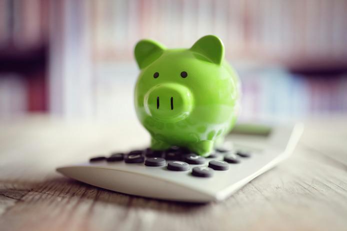 Vroeger was sparen een deugd, maar daar wordt tegenwoordig door veel mensen anders over gedacht.