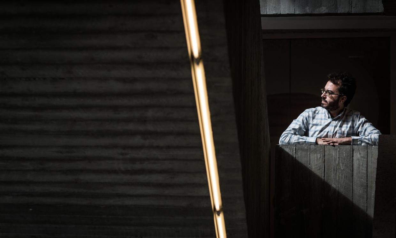 """Jonathan Safran Foer: """"Wat ik wil doen is een middenweg vinden tussen het nodige en het mogelijke."""" Beeld Bas Bogaerts"""