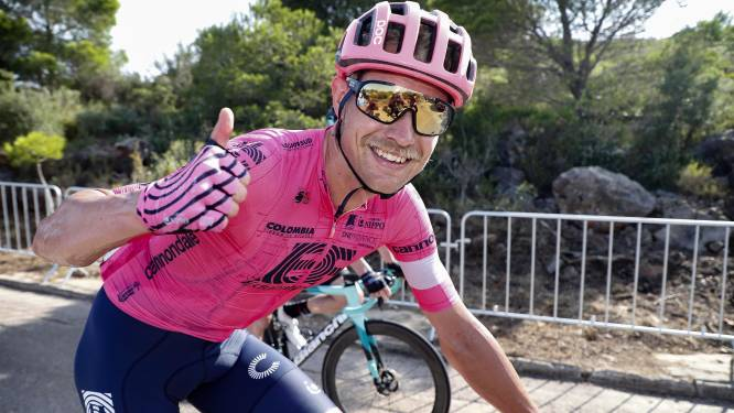 Weer raak voor Magnus Cort! Deen snelt in broeierig heet Córdoba naar tweede ritzege in deze Vuelta