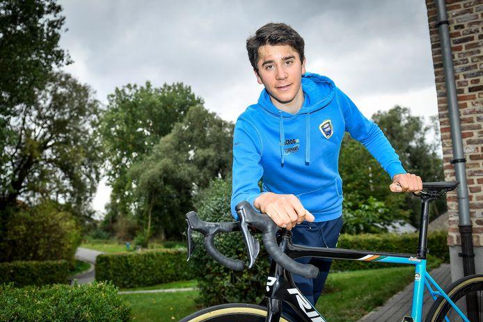 Cian Uijtdebroeks kreeg woensdag groen licht van de dokter: hij mag terug koersen. Dit weekend start hij in La Philippe Gilbert.