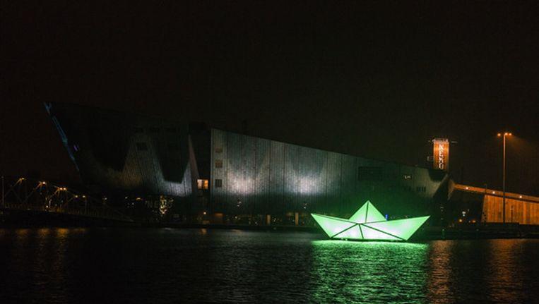 Een kunstwerk van Amsterdam Light Festival vorig jaar. Dit weekend gaat dit jaarlijkse festival weer van start. Beeld Rink Hof