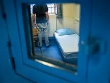 Hagenaar (43) moet jaar de cel in omdat vluchtende vrouw tijdens nachtmerriedate van balkon viel