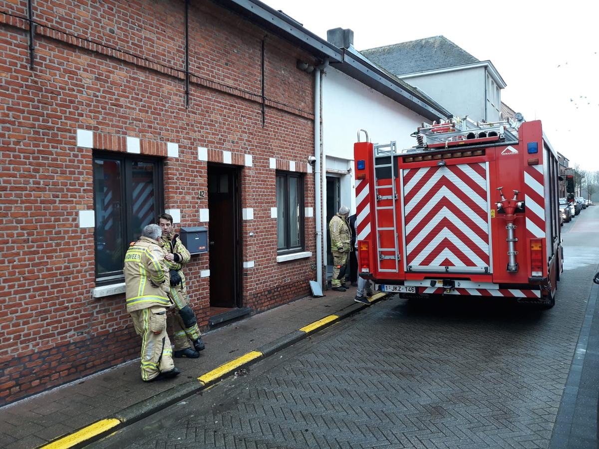 De brandweer moest uitrukken voor een brand. Die situeerde zich in de slaapkamer.