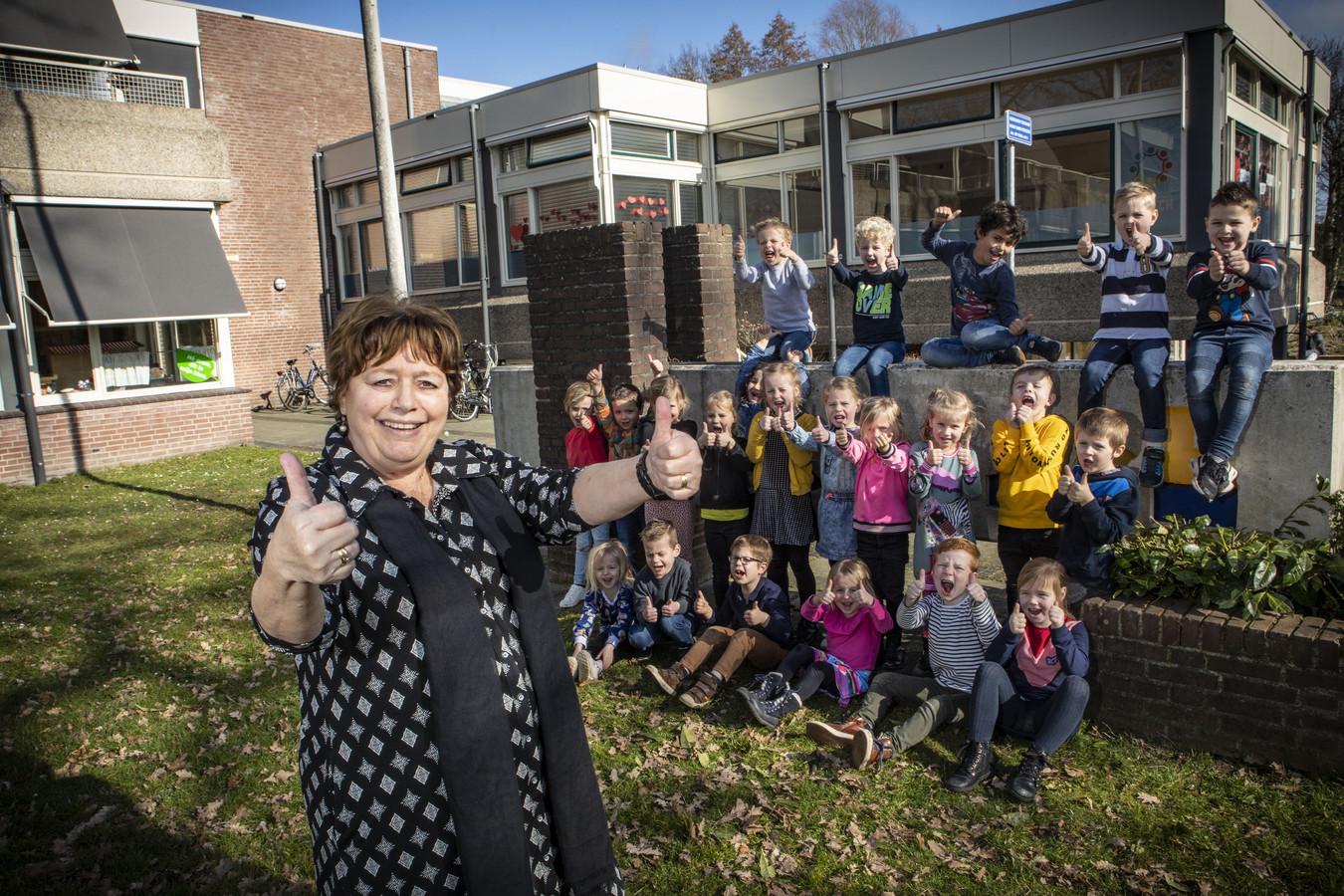 Marica Braakhuis werkte het grootste deel van haar carrière als kleuterjuf op basisschool De Esch waar ze begon als hoofdleidster.