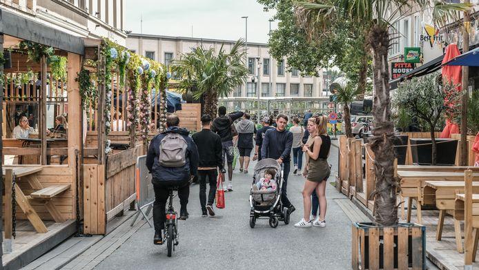 De uitgaansbuurt is sinds begin mei een voetgangerszone waar doorgaand verkeer niet meer welkom is.