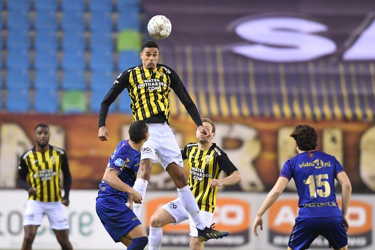 Danilho Doekhi van Vitesse tijdens de wedstrijd tegen VVV-Venlo Beeld Pro Shots / Paul Meima