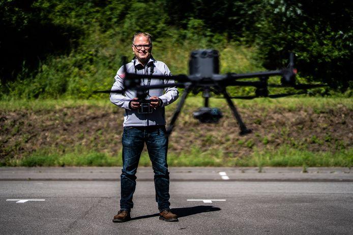 Wouter Edens heeft het roer omgegooid en een eigen drone bedrijf begonnen. Arnhem