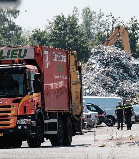 Grootscheepse inval afvalverwerker Ter Horst uit Varsseveld, buurtbijeenkomst al ingepland