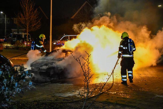 Autobrand tijdens de jaarwisseling in Nijmegen.
