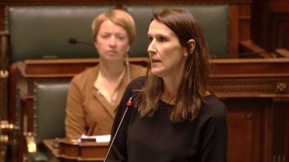 """LIVE. Volg nu plenaire zitting over coronacrisis: """"Dinsdag eerste verslag van experten over exitstrategie"""" - 283 nieuwe doden in ons land"""