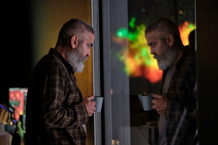 Een contemplatieve George Clooney in The Midnight Sky. Beeld Philippe Antonello/Netflix