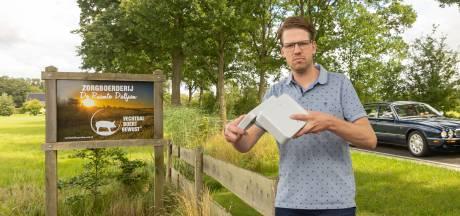 Zorgboerderij uit Dalfsen stopt met kraamverkoop langs drukke weg: 'IJs wordt meegenomen, maar nooit betaald'