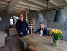 Rens en Ciska wonen in een voormalige drukkerij: 'Je voelt het karakter van het huis'