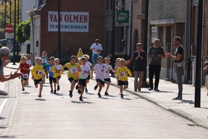 De Knoeselloop van Gemeentelijke Basisschool De Sleutel in Broechem.