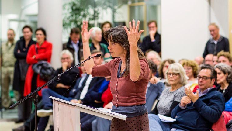 Inspraak van buurtbewoners bij stadsdeel Oost, 2013. In maart krijgt het lokale bestuur een nieuwe vorm. Beeld Marc Driessen