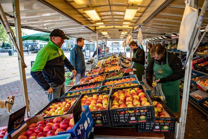 De markt in Heeten.