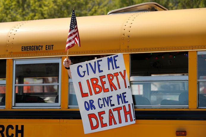 Les manifestations anti-confinement s'enchaînent aux Etats-Unis. Ici, à Jefferson City.