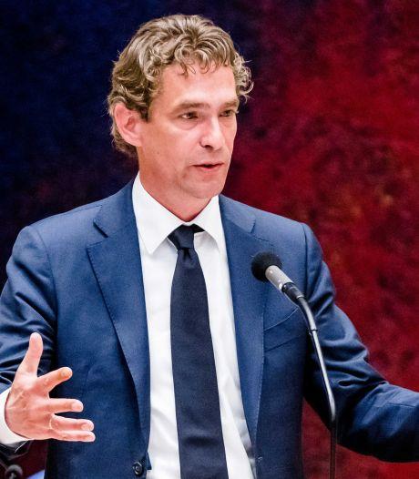 Economie-minister Bas van 't Wout vanwege burn out thuis, Stef Blok tijdelijke vervanger
