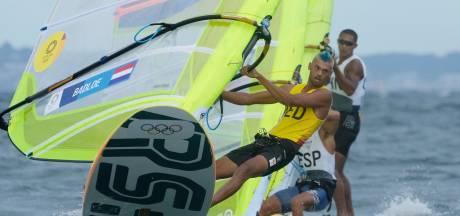 Oppermachtige Kiran Badloe al voor medalrace vrijwel zeker van goud: 'Nog even focus houden'