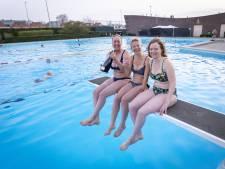 Nieuwbouwplan zwembad Almelo gedoopt met champagne