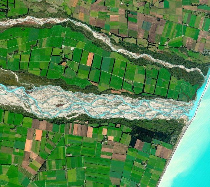 Winnaar: de Rakaia-rivier in Nieuw-Zeeland. © Digitalglobe