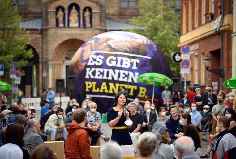 Annalena Baerbock, kanselierskandidaat van deGroenen, op campagne in Potsdam, niet ver van Berlijn. Beeld Soeren Stache/dpa-Zentralbild/dp