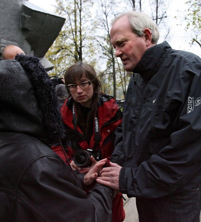 Piet Huijg in 2007, toen hij terugkeerde naar Moskou voor een herdenkinsgdienst voor de 66 in 1982 omgekomen Russen, die door verdrukking om het leven kwamen bij het Loezjniki-stadion na het EUFA Cup-duel Spartak Moskou - HFC Haarlem.