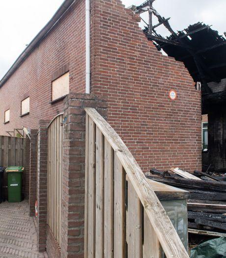 Zwartgeblakerde puinhoop moet plaatsmaken voor appartementen