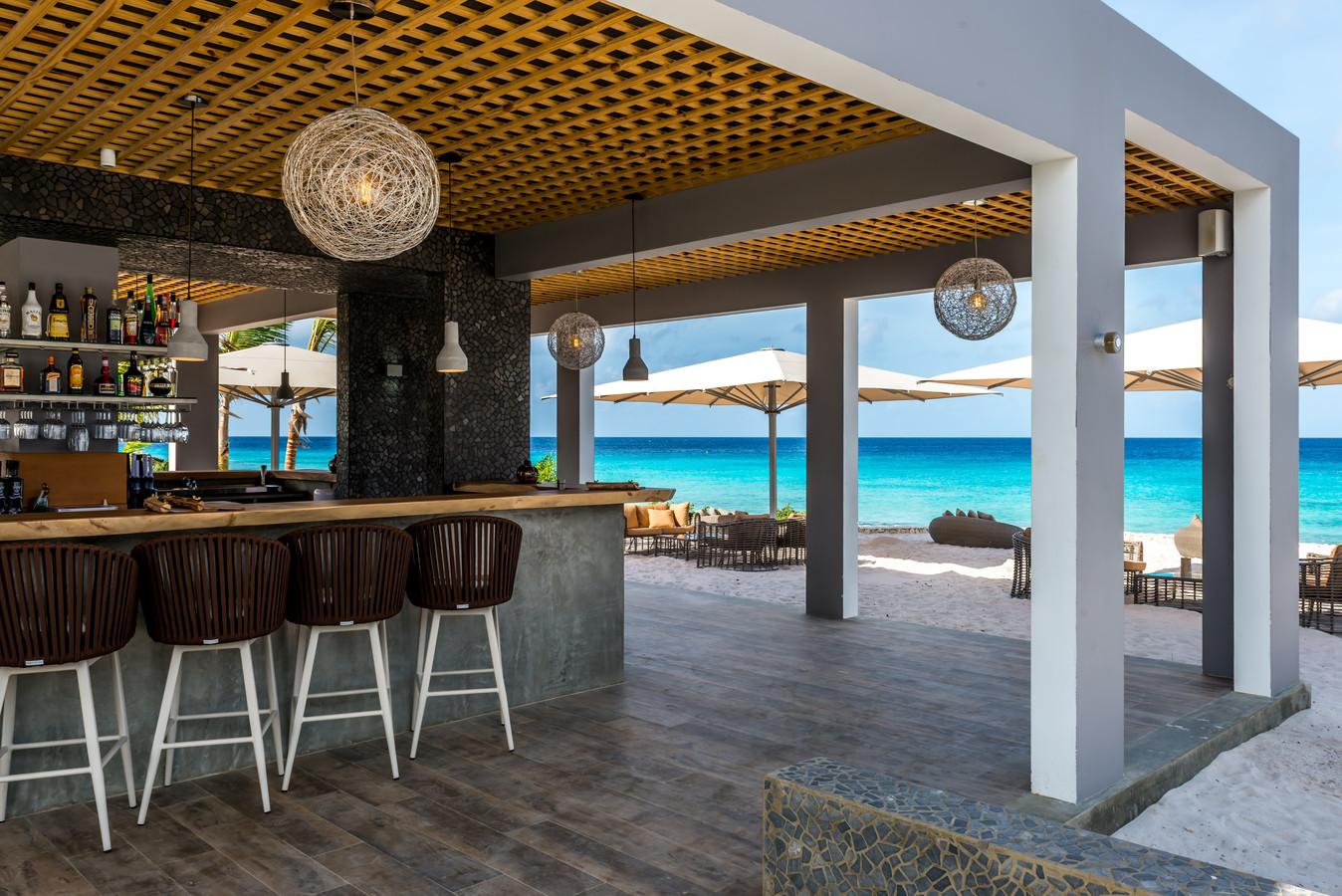 Brass Boer op Bonaire ligt net zoals het nieuw te bouwen restaurant op Curaçao aan de zee.
