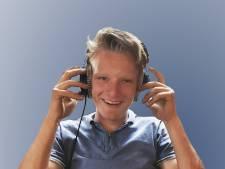 'Oons kleane' Jeroen (22) uit Enter verongelukt met zijn auto, collega-zendpiraten laten passend slotakkoord horen