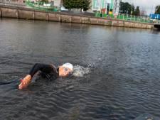 Gerard (75) onderging zes bypasses maar doet weer mee aan triatlon