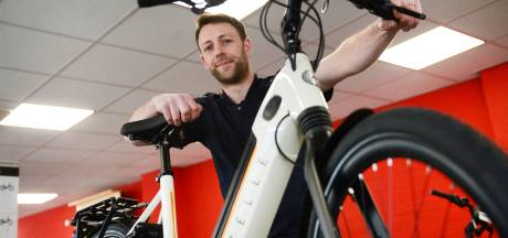 Een e-bike aanschaffen is geen makkie 'Lastig om aan een gangbaar model van Gazelle of Batavus te komen'