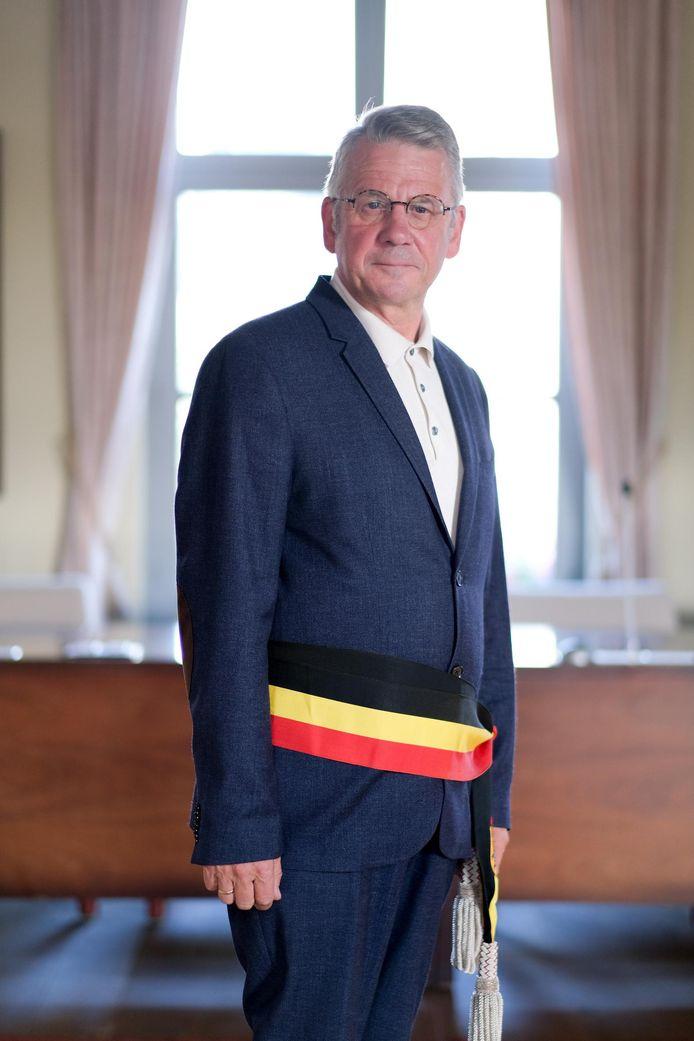Burgemeester Luc Vleugels (CD&V) verwacht zich nog aan enkele dagen van onderhandeling.