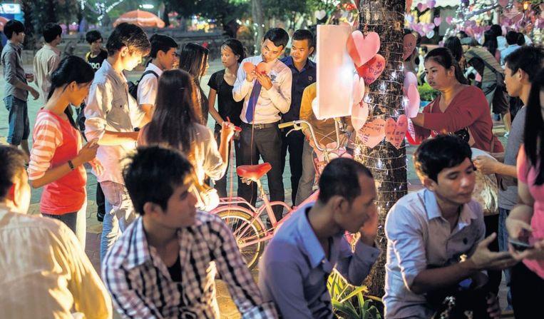 Valentijnsdag is in Cambodja geen traditie, maar de viering wint snel aan populariteit. Beeld Getty