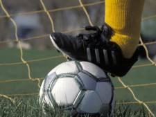 Koewacht begint toernooi om districtsbeker met forse nederlaag