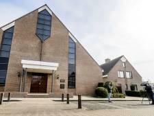 Sionkerk op Urk splitst diensten op: 'Herhaling van gebeurtenissen zondag voorkomen'