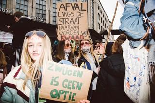 fotoreeks over Duizenden scholieren spijbelen voor het klimaat