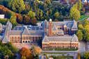 Gebouw TU Delft afdeling Bouwkunde aan de Julianalaan te Delft