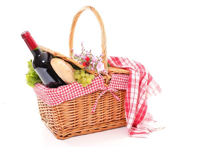 Fill up your picnic basket at those 5 places Beeld Shutterstock