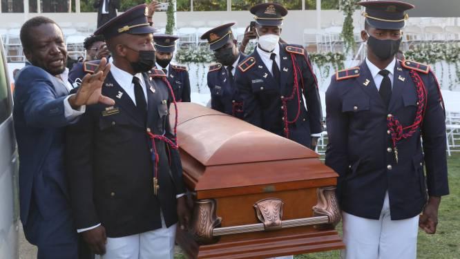 Schoten afgevuurd op begrafenis vermoorde Haïtiaanse president, VS- en VN-delegaties vertrekken