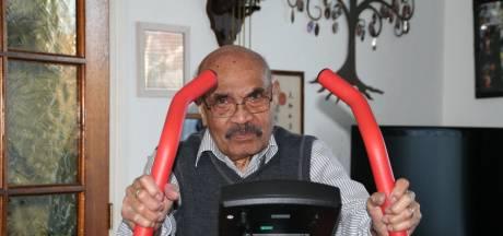 Oudste inwoner van Woerden (100) nog elke dag op de hometrainer