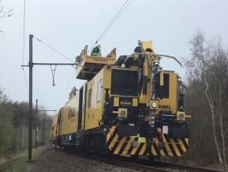Treinverkeer tussen Poperinge en Menen nog tot woensdag onderbroken door beschadigde bovenleiding