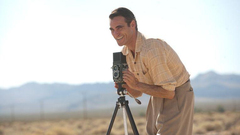 Joaquin Phoenix als Freddie Quell in 'The master'. Beeld A-Film