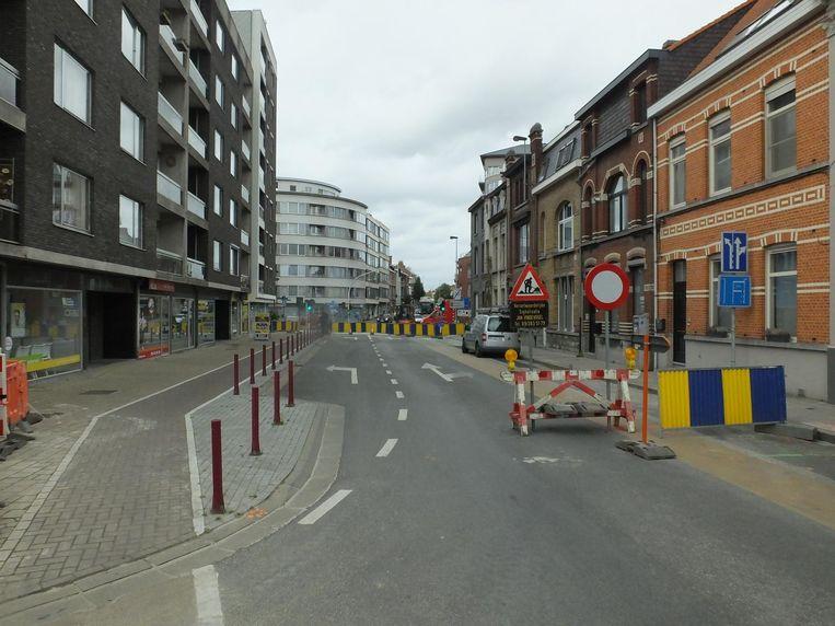 De Georges Martensstraat is tijdelijk doodlopend gemaakt tot de werken voorbij zijn.