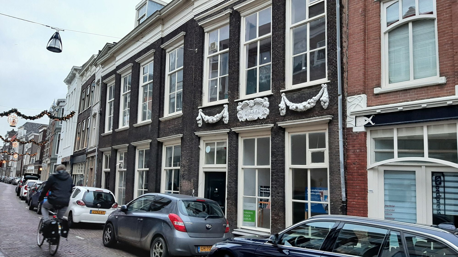 Het rijksmonument Voorstraat 142-144 in Dordrecht wordt verbouwd tot 9 klusappartementen.