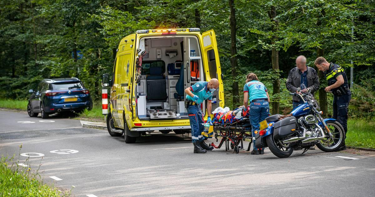 Motorrijder raakt gewond bij verkeersongeluk vlakbij steekpartij Doorwerth.