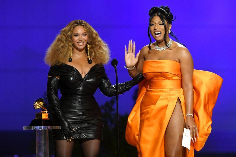 Beyoncé (l) en Megan Thee Stallion. Beeld EPA