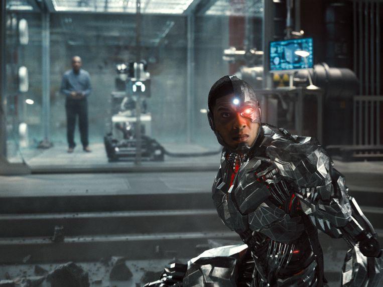 Ray Fisher als Cyborg. Beeld