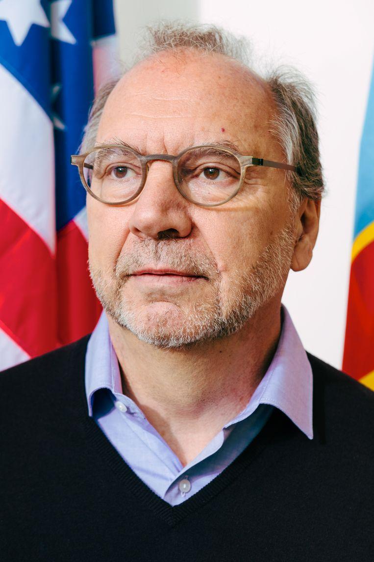 Peter Piot (70): 'Verplicht pensioen is een verkwisting van talent.' Beeld Damon De Backer